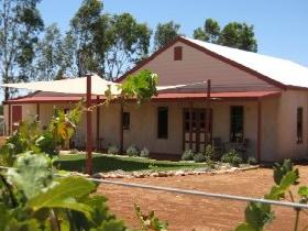 919 Wines - Yamba Accommodation