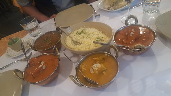 Tandoori  Curry Club - Yamba Accommodation