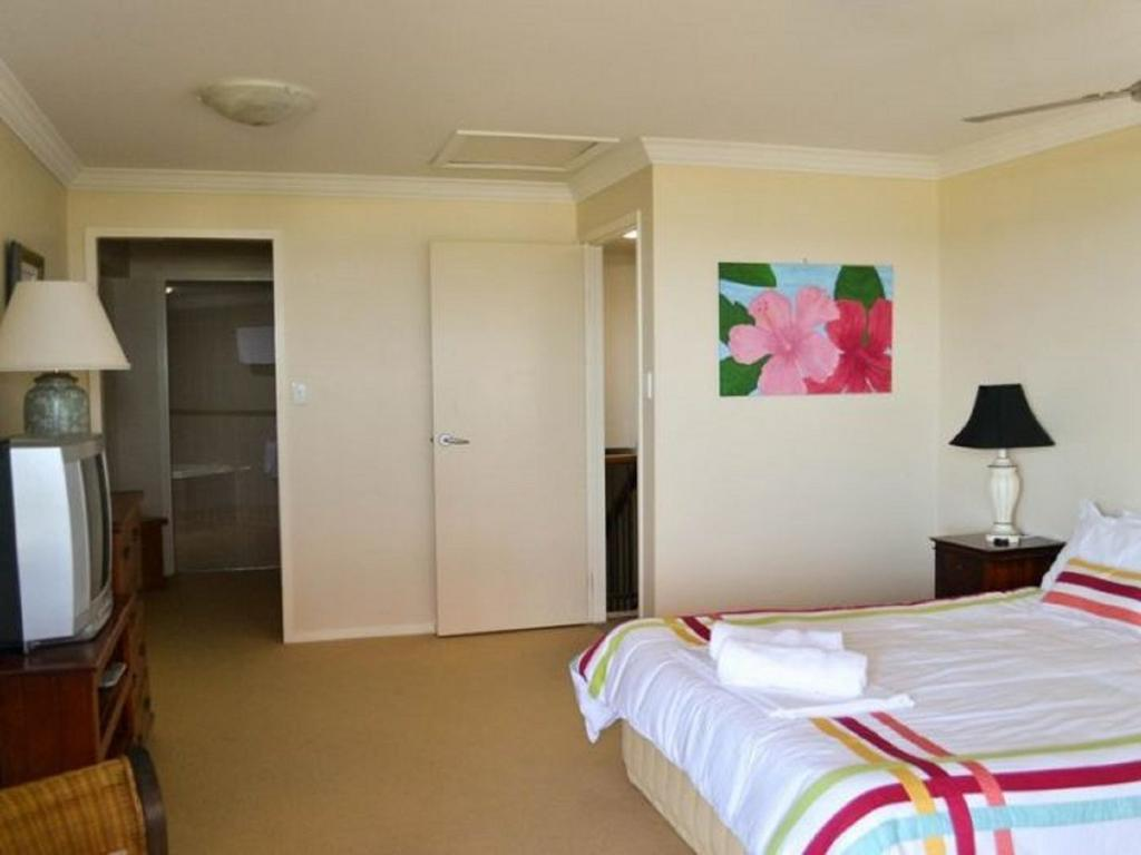 Breakers 1/10 - Yamba Accommodation